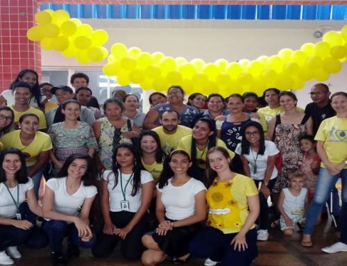 Acadêmicos de Enfermagem realizam ação do Setembro Amarelo