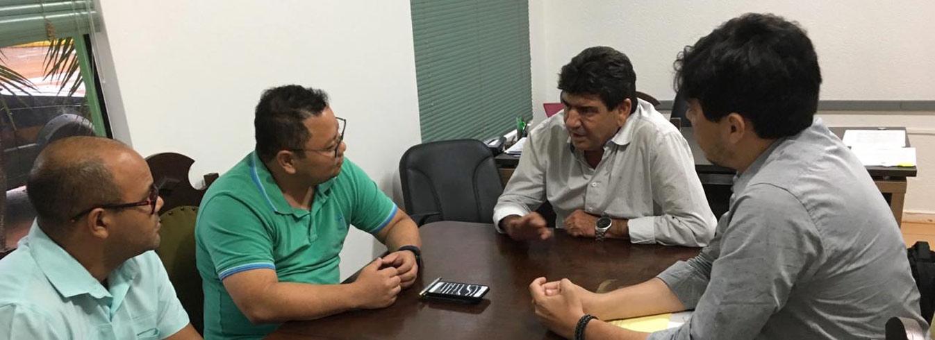 Diretoria da Unemat e Deputado Doutor João reúnem-se para debater Centro de Extensão